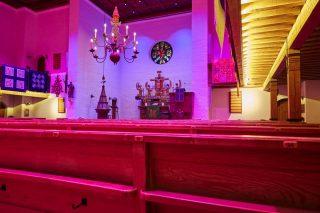 Farbige Lichtszenen in der Stephanuskirche